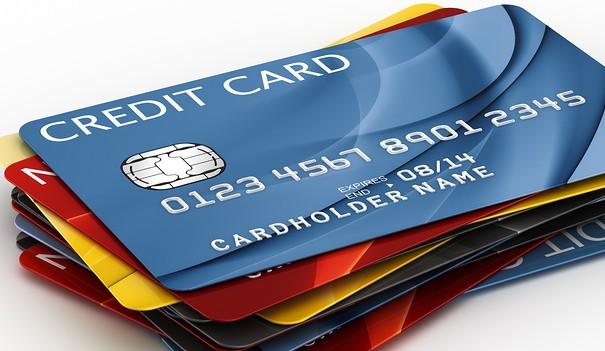 4 Tips to Avoid Credit Card Late Fees