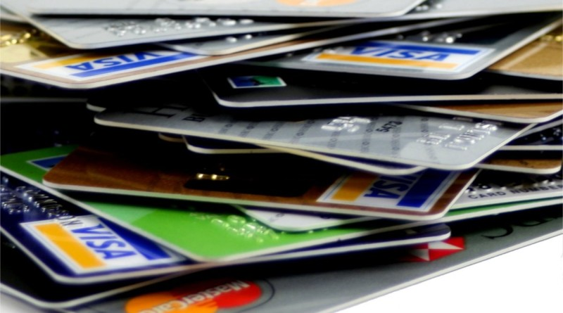 Are Credit Cards a Good Idea for College Students